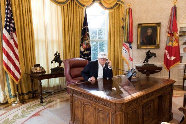 特朗普在白宫(资料图)