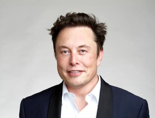 特斯拉+SpaceX总价值超过5000亿美元 马斯克同时撬动地球和太空