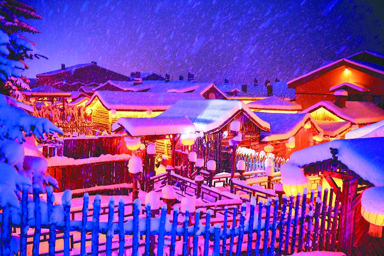 雪乡的夜,静得纯粹,透着妩媚。