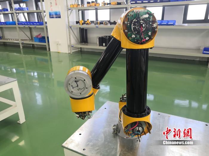 协作机器人的构造细节。 <a target='_blank' href='http://www.chinanews.com/' >中新网</a> 彭婧如 摄