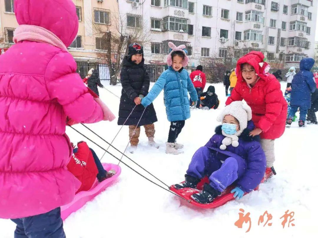 闽江小学的孩子们玩嗨了。郑炜 摄