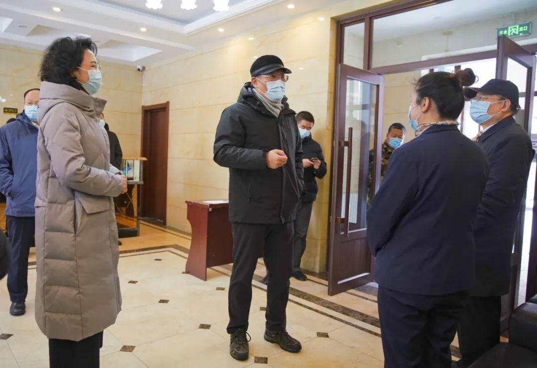 19日,王文涛调研亚布力青云小镇温泉养生度假中心自费项目。