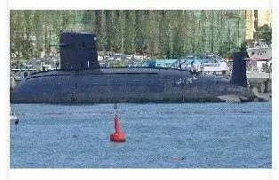 我国第一艘核潜艇