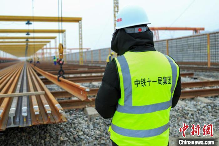 中兰铁路甘肃段即将进行全面铺轨