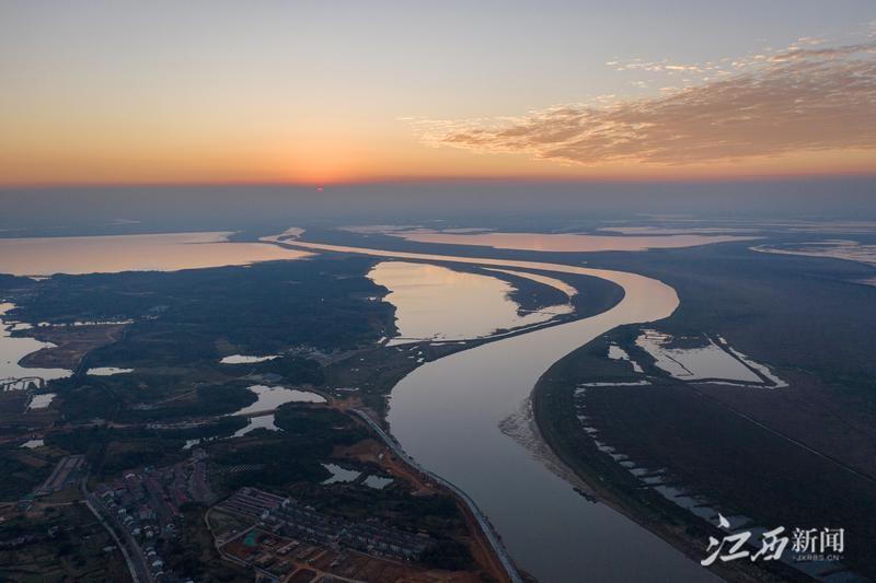 永修县吴城镇:金色鄱阳湖(图)