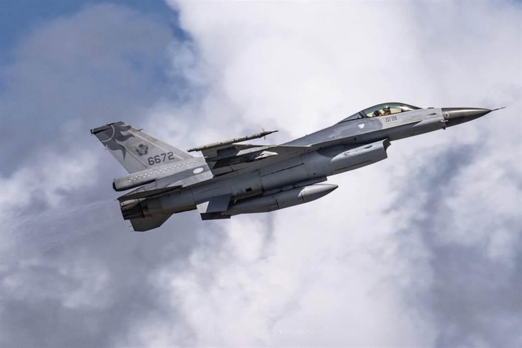 花莲基地26队士官长自杀身亡,台空军澄清:与F16失事战机无关