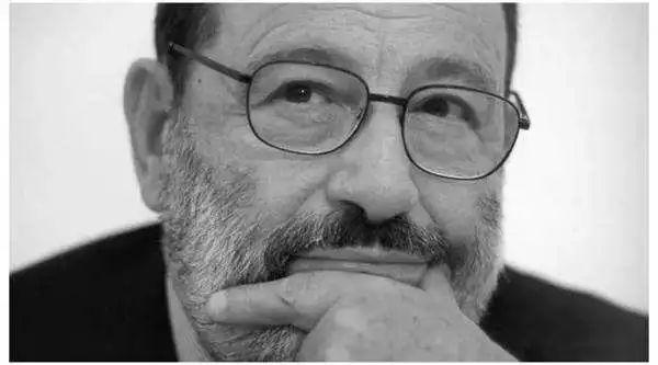 翁贝托•埃科(Umberto Eco, 1932-2016)是欧洲重要的公共知识分子、小说家、符号学家、美学家、史学家、哲学家。