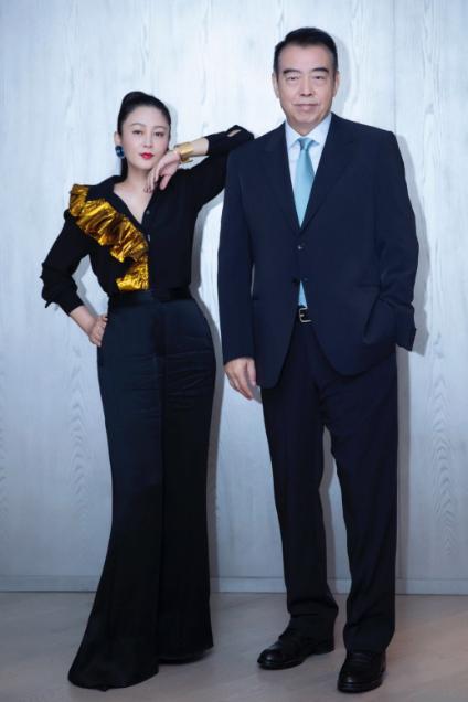 51岁陈红参加中式婚礼,生图美貌依旧,张纪中也在场 八卦 第4张