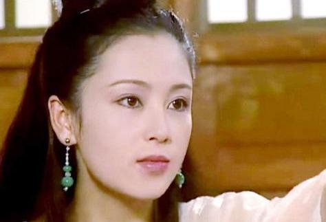 51岁陈红参加中式婚礼,生图美貌依旧,张纪中也在场 八卦 第8张