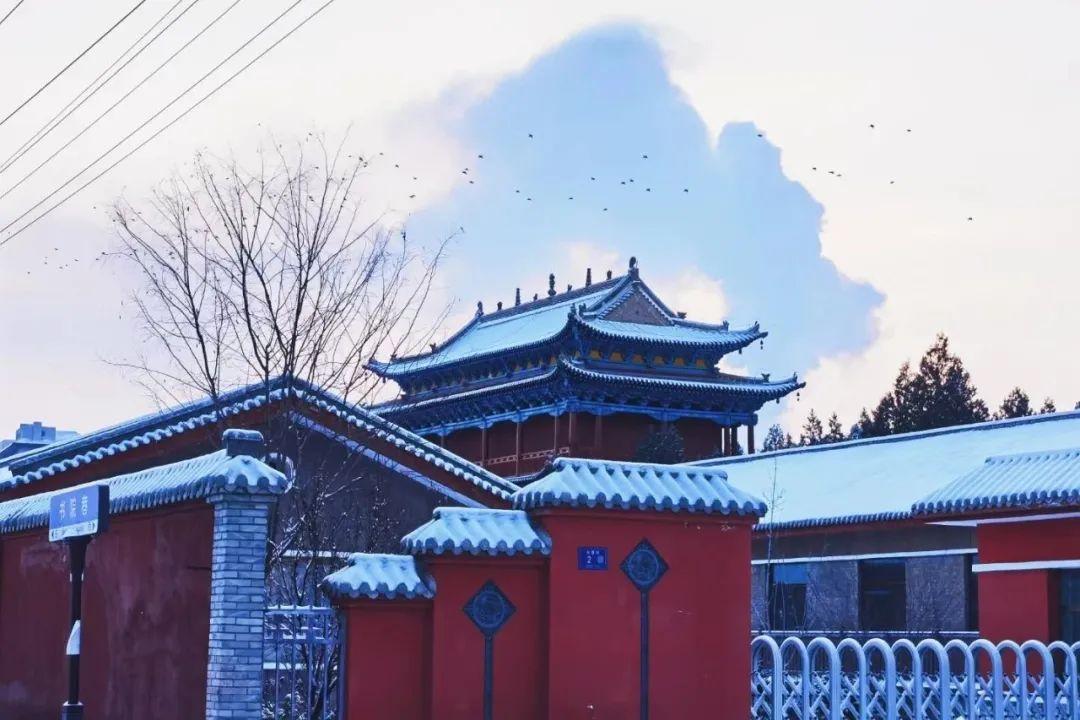 飒飒凉州飞雪:湿了大云晓钟 狂了天马踏歌