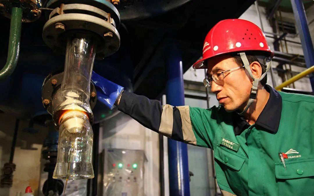 全国劳模潘从明:勇攀高峰 滴水掘金铸大国重器
