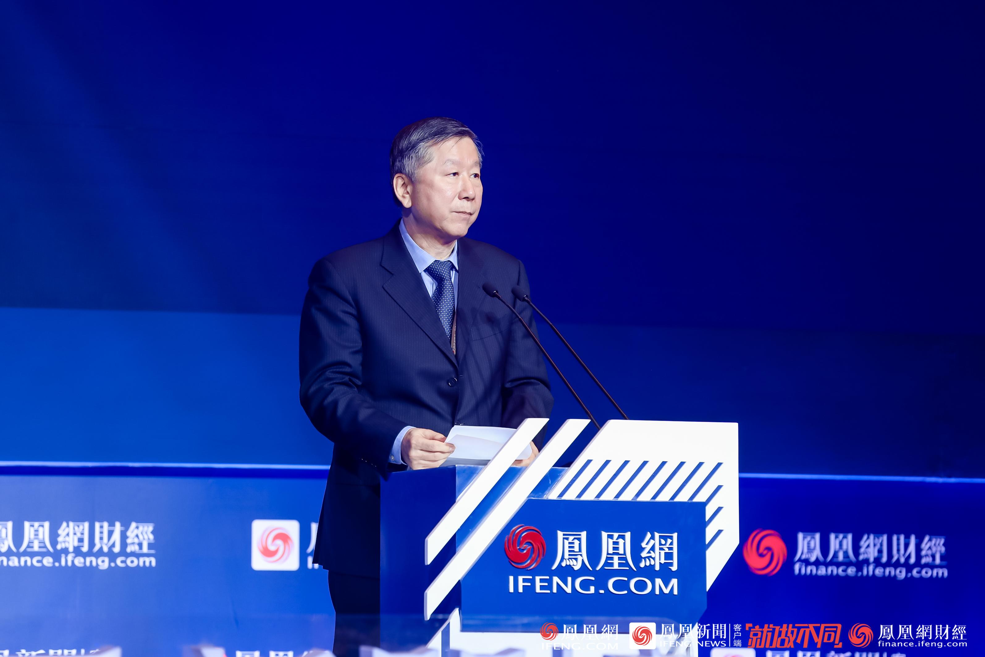 尚福林:19家民营银行总资产已超1万亿,经营总体平稳试点成效明显