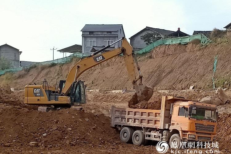 广平高速平武段TJ14标段持续掀起施工热潮