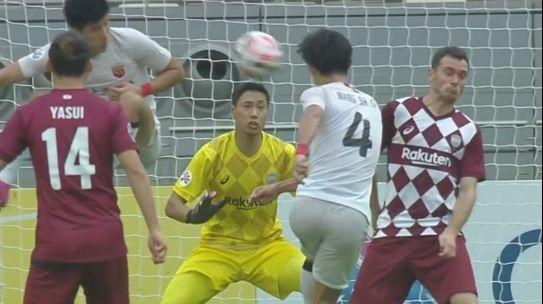 GIF:时运不济,王燊超近距离打门被维尔马伦挡出