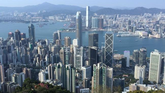 香港特区政府:取消美国外交护照持有人的免签证访港安排