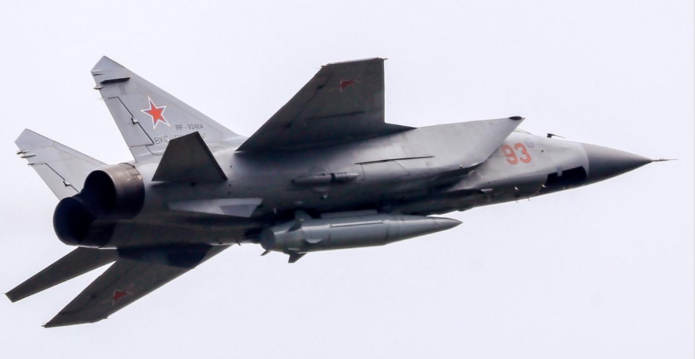 """俄军""""匕首""""高超音速导弹"""