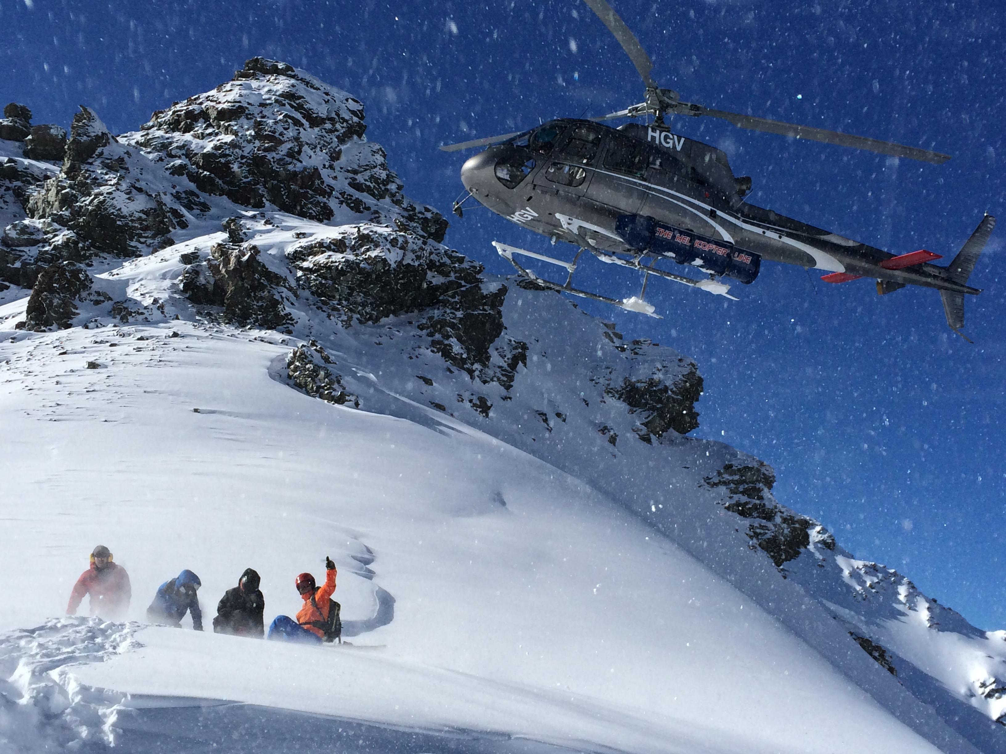 新西兰库克山,乘直升机去滑雪