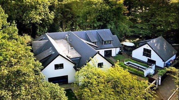 费莱尼将自己在曼彻斯特价值200万镑豪宅,下调20万镑出售