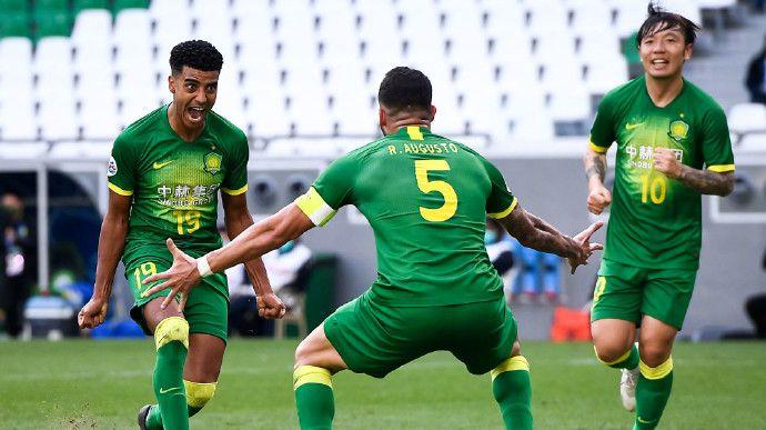 记者:参加亚冠的4支中超球队可能一起返程回国