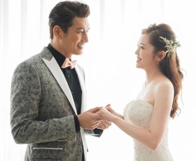 TVB男神袁文杰与小7岁港姐举行婚礼,完婚后立马回片场拍戏