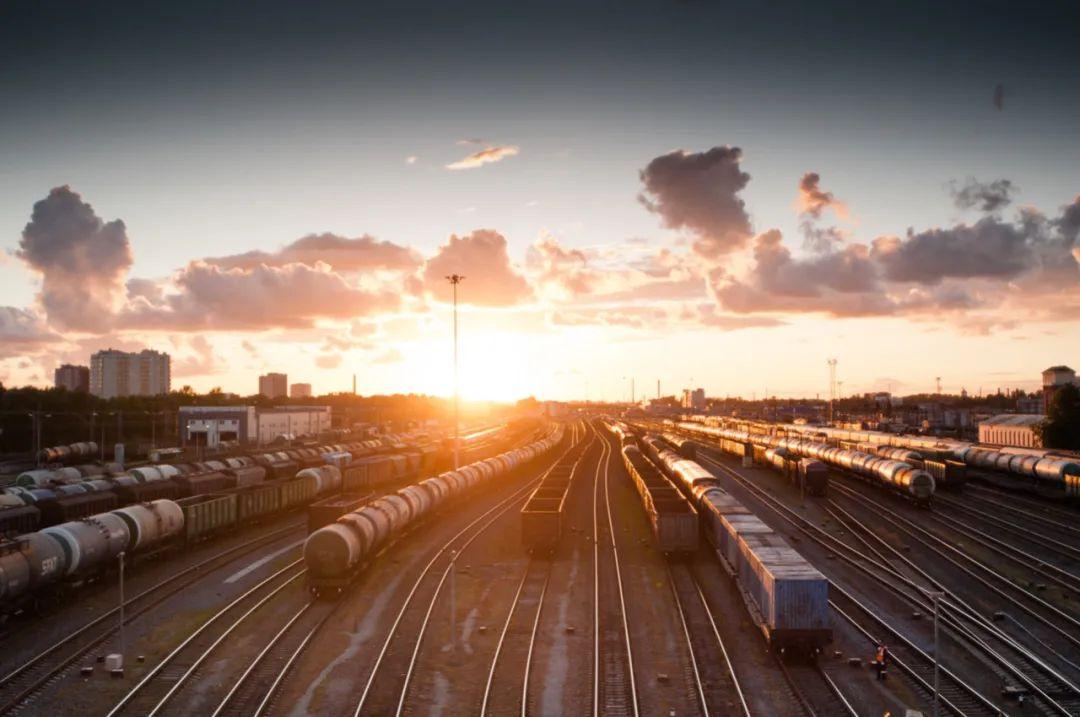 △ 铁路交通网发达的欧洲/unsplash