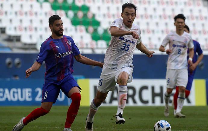冯潇霆千字长文:一个中国足球人的年度自白