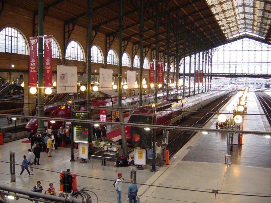 △ 巴黎北站/unsplash