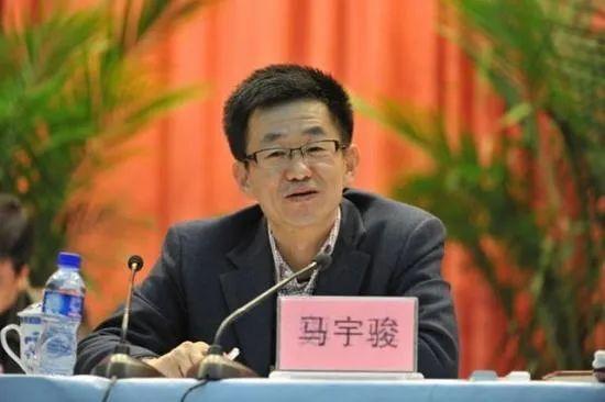 """石家庄市代理市长""""火线""""上任!(图/简历)"""