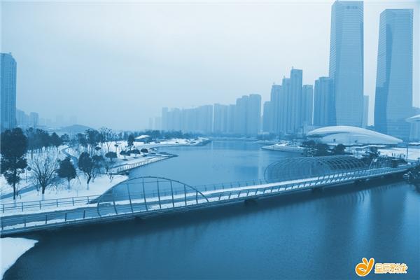 (梅溪湖雪景随影,摄影:健步漫游)