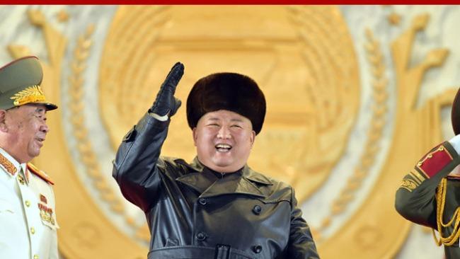 凤凰专报|朝鲜举行阅兵庆祝劳动党八大闭幕 金正恩出席