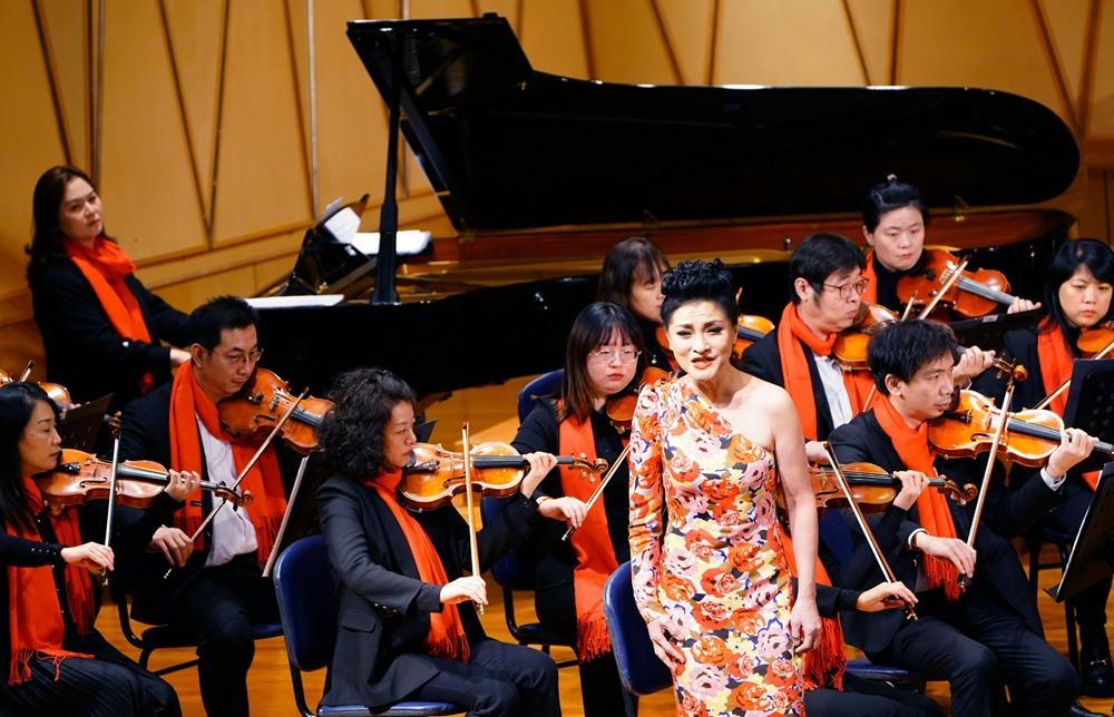 新年音乐会在宁波音乐厅奏响2_副本.jpg