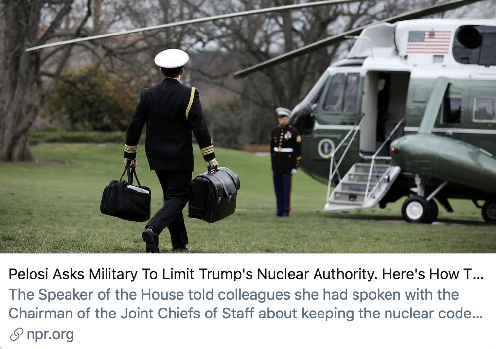 佩洛西要求军方限制特朗普动用核武器。/ 美国国家公共电台报道截图
