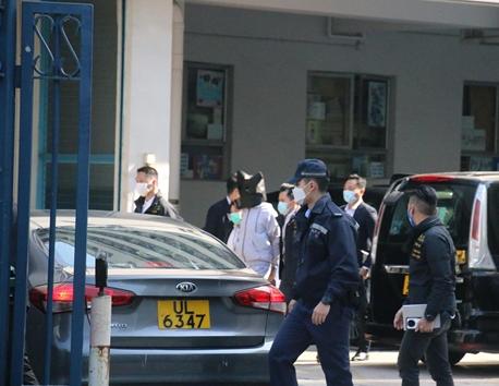 "【btc中国】_""香港12逃犯案"":返港被告被控企图纵火提堂 还押候审"
