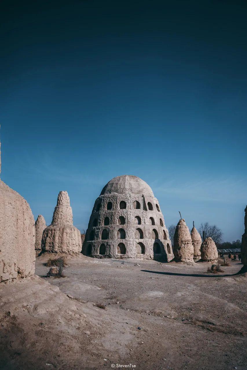 △没成为影视城之前,这些古堡曾经被毛泽东直呼土围子/图虫创意
