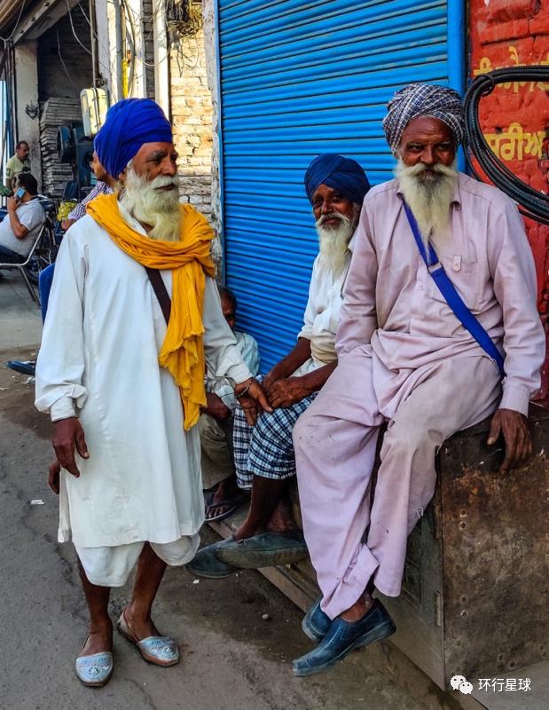 《【摩登娱乐网页登陆】穿越印度边境,我亲眼看到了踢腿对决》