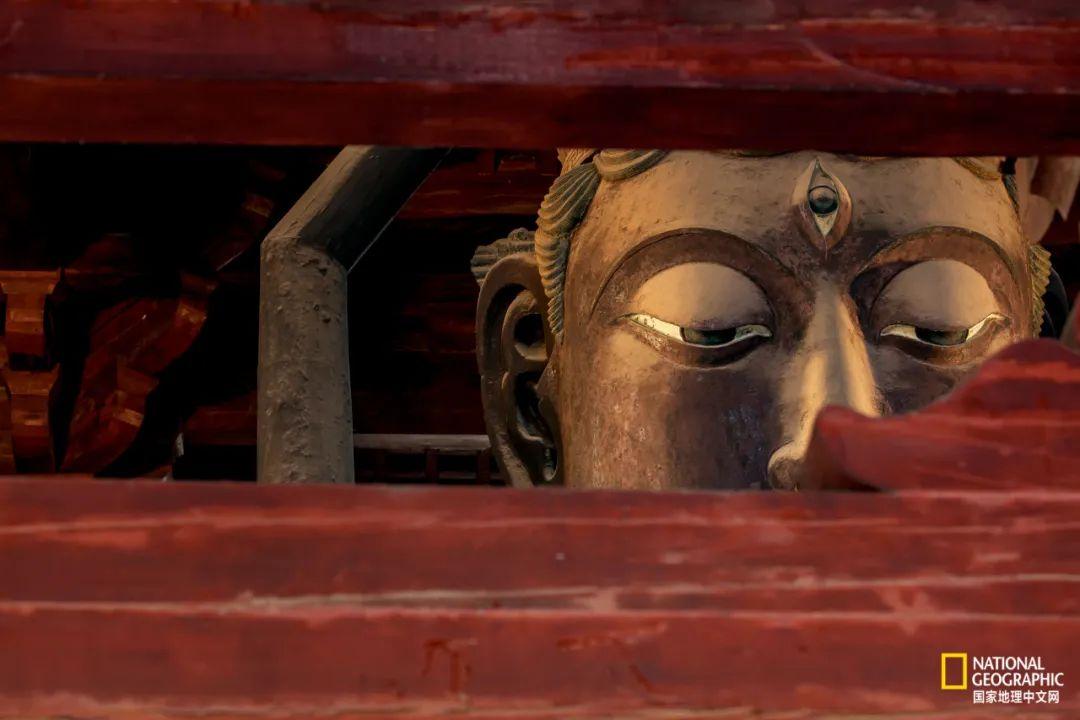 隆兴寺大悲阁中铜铸千手千眼观音