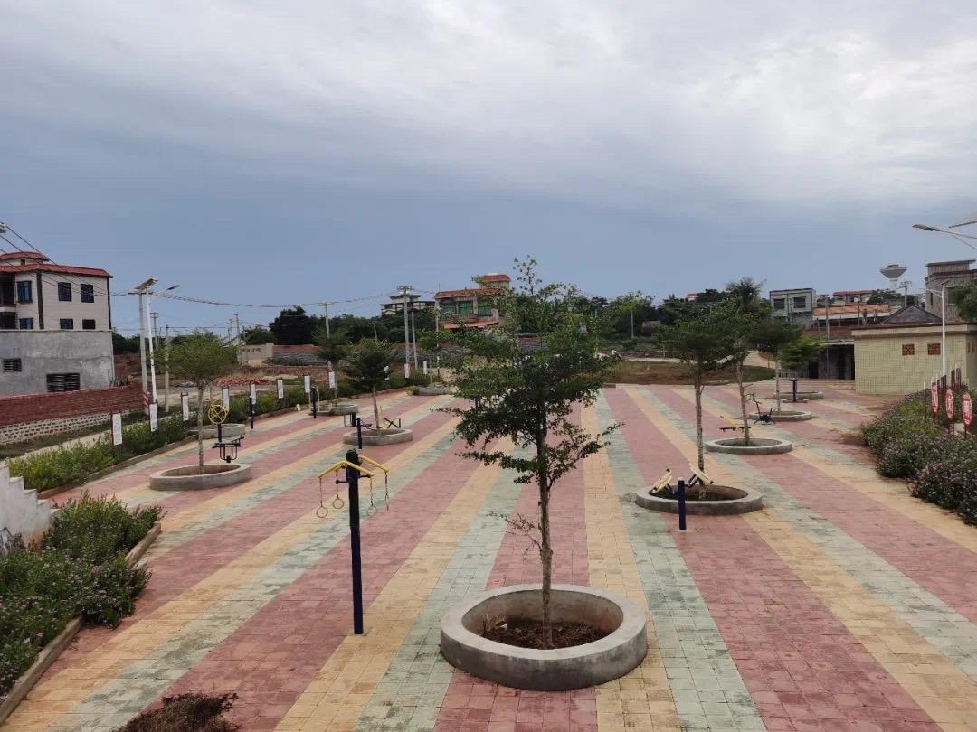 二桥村村民健身广场
