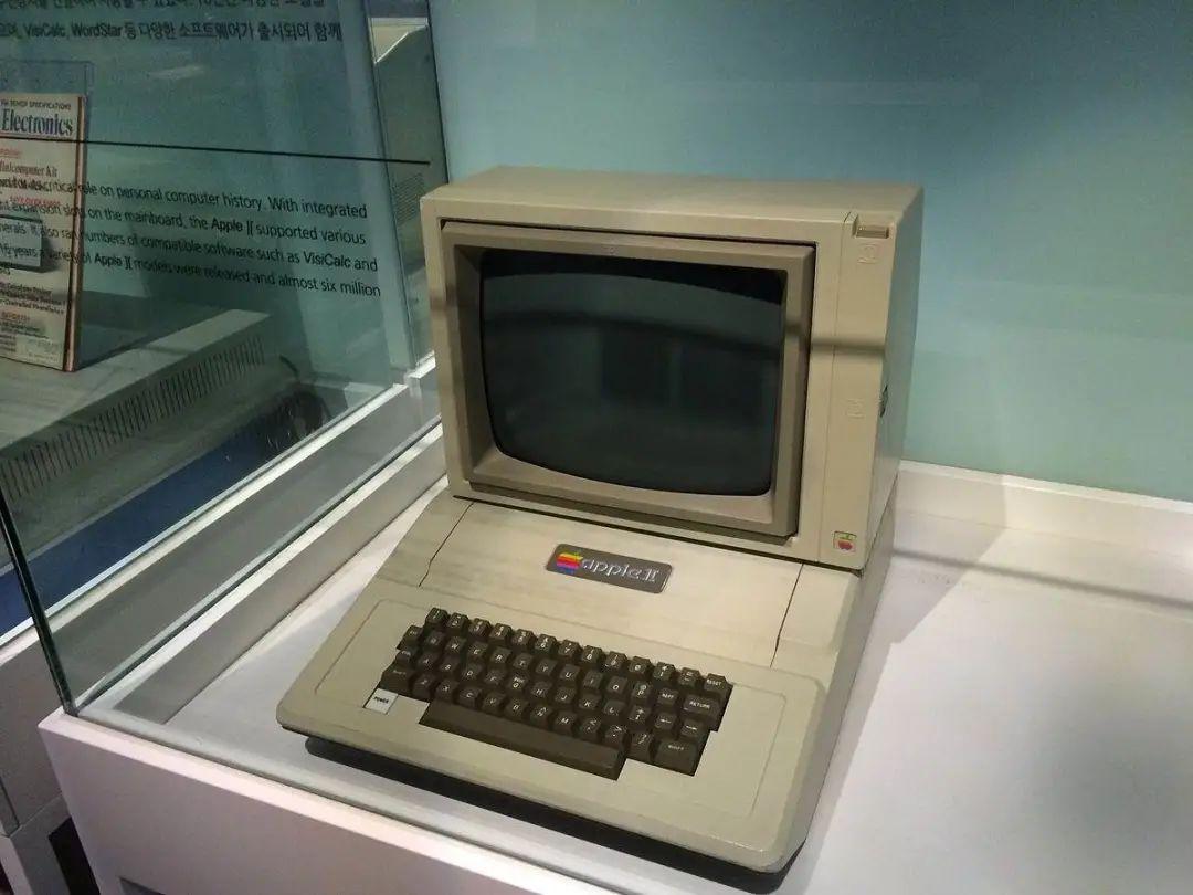 賽博朋克的世界,是一位電腦盲創造的
