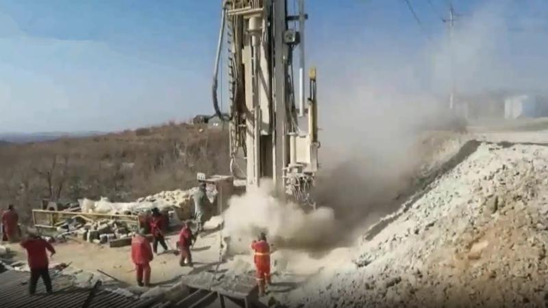 栖霞金矿爆炸事故第十日:现场救援紧张进行 多个钻孔持续下挖