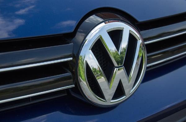 销量下滑15% 大众汽车全年净利润暴跌一半