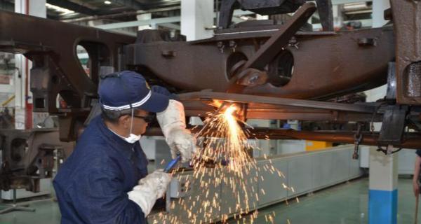 广铁加强铁路货车检修运用 助节前重要物资运输安全