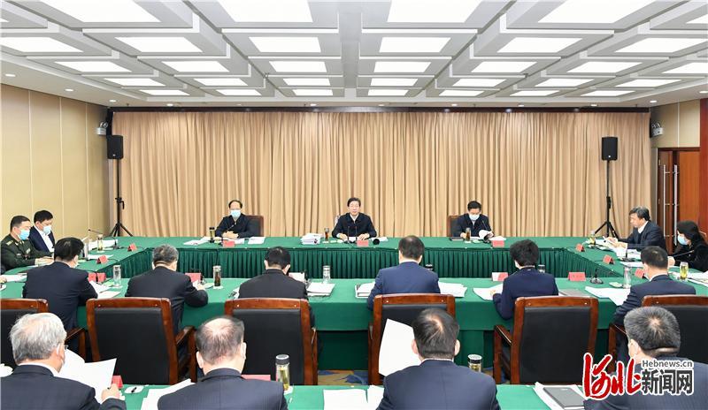 按照党中央部署和省委统一安排,2月3日,省委书记、省人大常委会主任王东峰全程参加指导2020年度保定市委常委民主生活会。这是会议现场。 河北日报记者赵威摄
