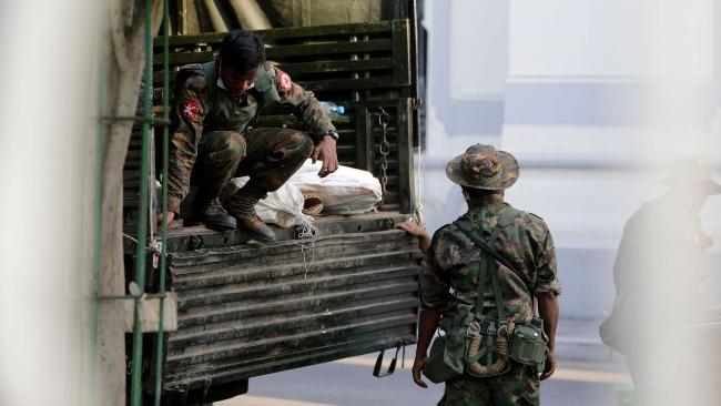 胡锡进:西方舆论抱怨中国没跟从美欧谴责缅甸军队 指责太过分