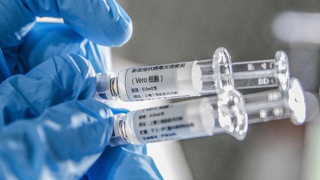 德法考虑引进中国疫苗出于哪些考量?凤凰评论员分析