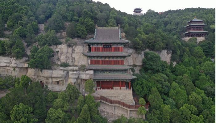 图为天龙山石窟外景 来源:国家文物局