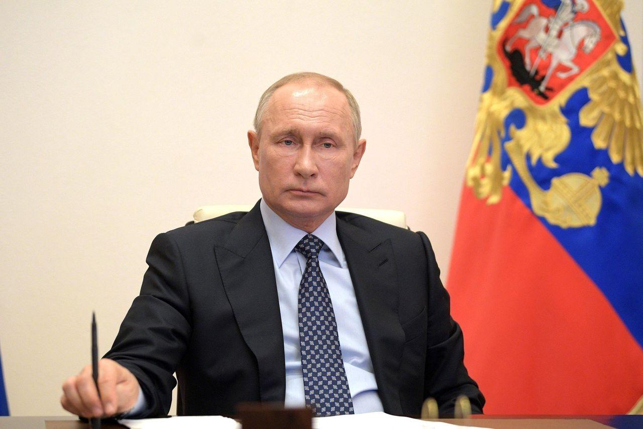 """西方如意算盘打空!民调:看过""""普京宫""""的俄国人依旧喜爱普京"""