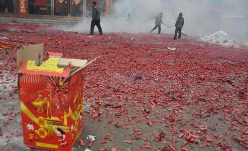 西安:燃放爆竹能杀死新冠病毒是谣言,违规燃放个人最低罚三百元