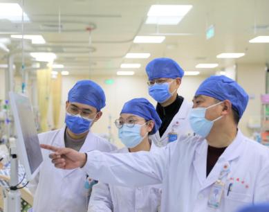 南大二附院吴利东:选择学医就是选择奉献