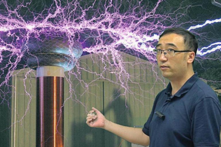 网红教师李永乐:不要认为手机和互联网是学业上的洪水猛兽