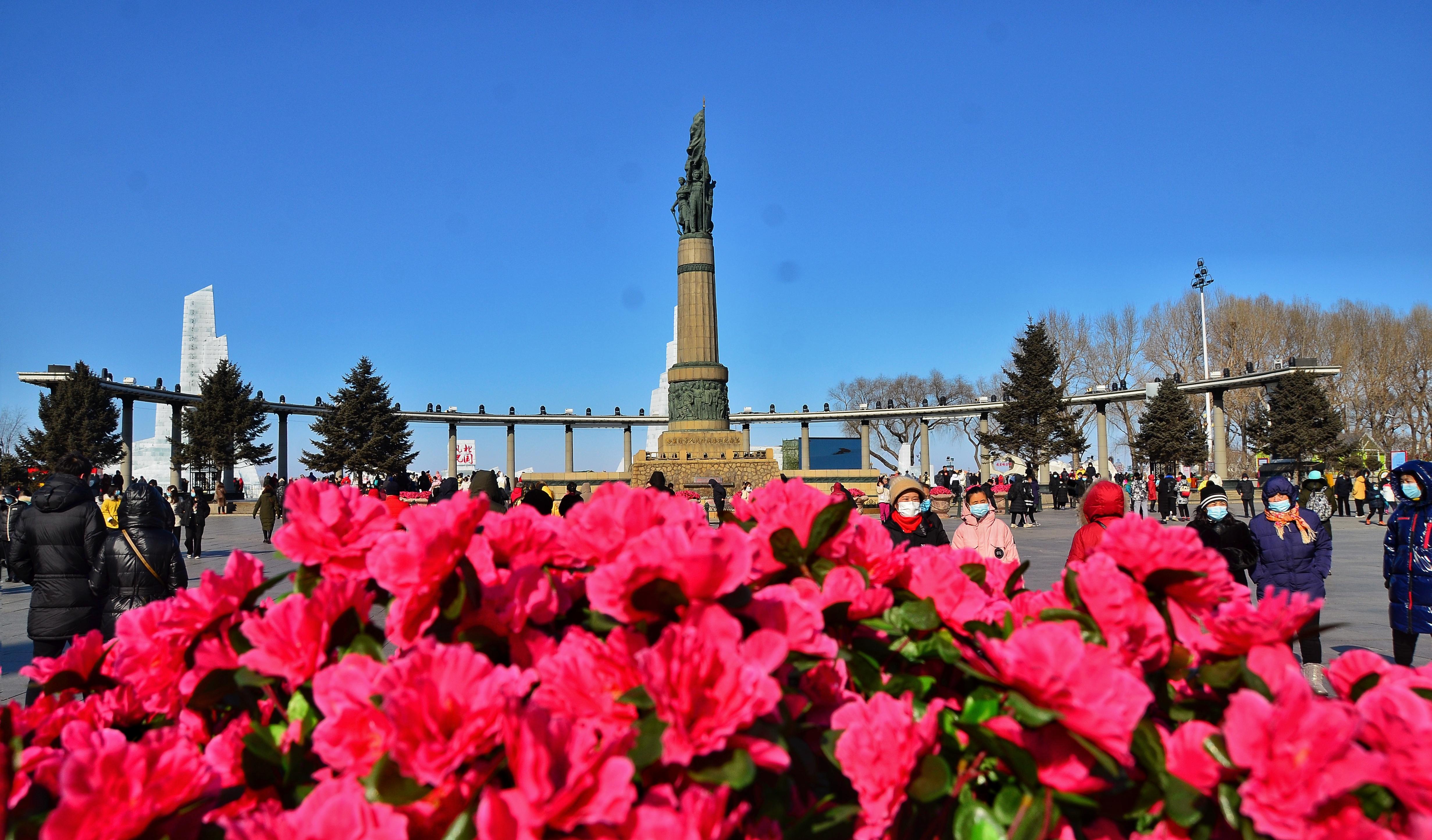 哈尔滨防洪纪念塔广场。